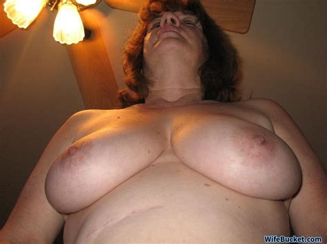 This Mature Wife Sure Loves Creampies