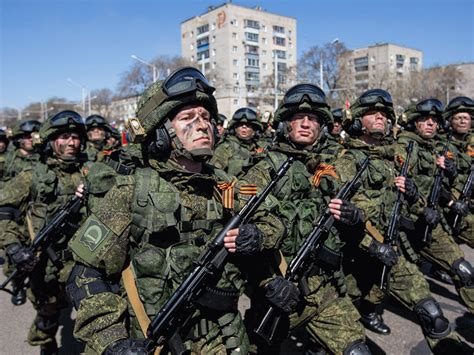 expert   power   russian army  defend