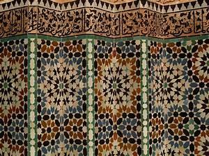 Mosaik Selber Fliesen Auf Altem Tisch : fliesentrends 2016 holzoptik struktur mosaik oder xxl ~ Watch28wear.com Haus und Dekorationen