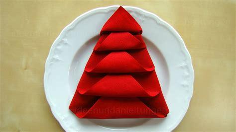 Falten Weihnachten by Servietten Falten Weihnachten Tanne Tischdeko