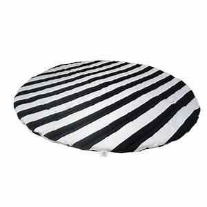 Teppich Schwarz Weiß : wildfire spiel teppich schwarz wei streifen kreuz 8 ~ Markanthonyermac.com Haus und Dekorationen
