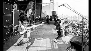 Metallica Cliff Burton 1985 - YouTube