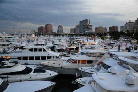 Address Of Palm Beach Boat Show by The Palm Beach International Boat Show Bubbles Club Event