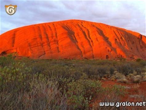 chambre d hote a dinard photo la montagne sacrée des aborigénes photos déserts