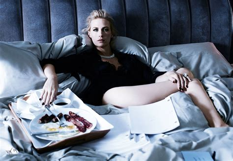 January Jones  Cover Story At Home With January The