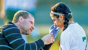 Athletic trainer takes care of the Nelson Governors ...