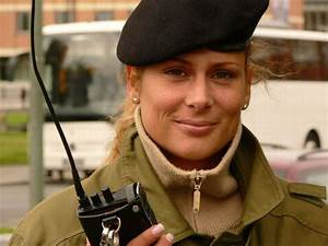 Beautiful women police officers who could also work as a ...