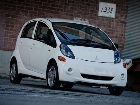 Compact Electric Cars by 10 Cheap Electric Cars Autobytel