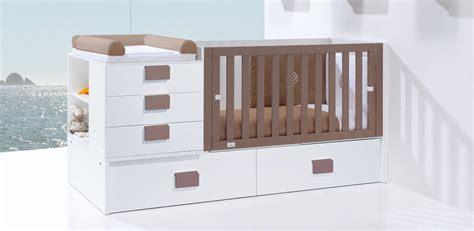 chambre evolutive bebe lit bébé évolutif ou lit bébé combiné lequel choisir