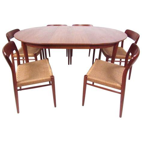n o moller scandinavian modern teak dining table and