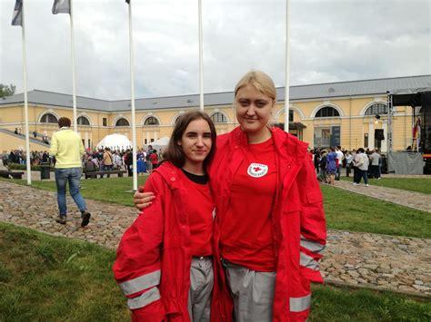 Brīvprātīgie jaunieši iesaistījušies Daugavpils cietokšņa ...