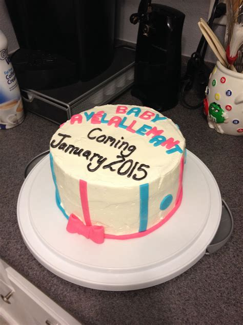 pregnancy announcement cake baby ave baby announcement
