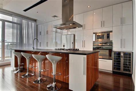 couleur armoire cuisine découvrez quelques unes de nos réalisations armoires de