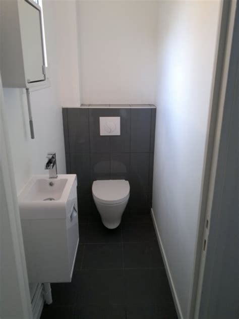 bathroom renovation ideas pictures tad espace toilettes avec wc suspendu et coffrage carrelé