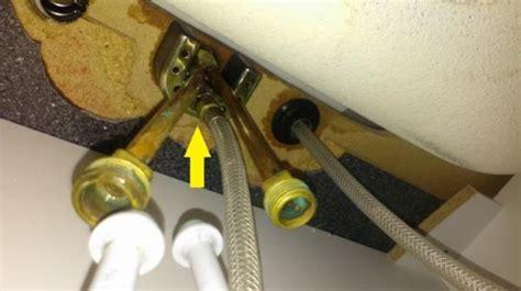 question    remove kitchen sink faucet