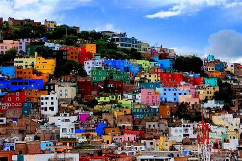 mexico colors colorful guanajuato city mexico zabavnik