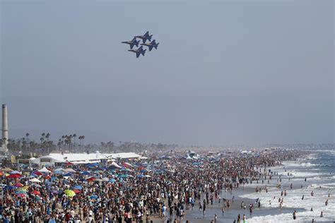 sky   huntington beach air show
