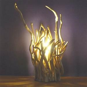 Branche De Bois Deco : comment faire une lampe en bois flott ~ Teatrodelosmanantiales.com Idées de Décoration