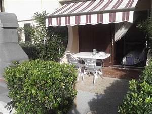 maison avec jardin terrasse et barbecue store pare soleil With pare soleil de terrasse