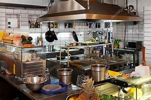 Restaurant kitchen — Stock Photo © Baloncici #3467235