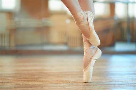 takes   perfect ballerina feet footfiles