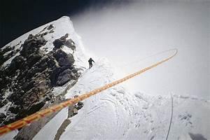 Revisiting Everest on the Big Screen – THE SKIER SCRIBBLER