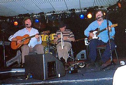 Chas And Dave Sideboard Song Lyrics by Chas Dave Guitar Chords Guitar Tabs And Lyrics Album