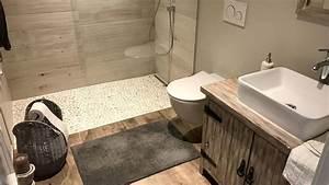 Zuhause Im Glück Badezimmer : badezimmer im farmhouse und new england stil beachhouse ~ Watch28wear.com Haus und Dekorationen