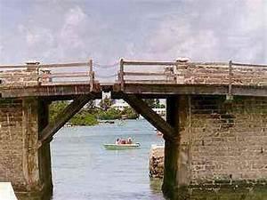 Somerset Bridge Reviews - Bermuda, Caribbean Attractions ...