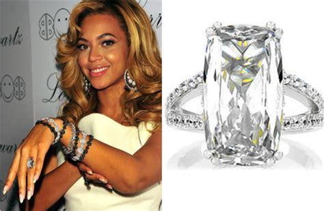 Кольцо «Пантера» из желтого и белого золота