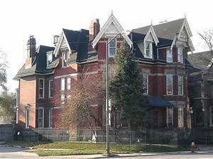 Croul U2013palms House