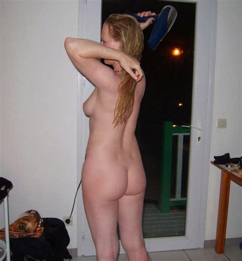 Butt Naked Girlfriend Dries Her Hair