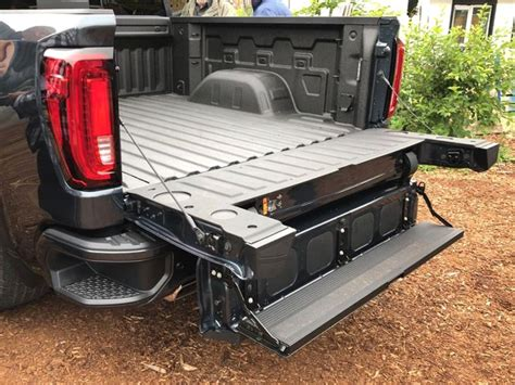 pickup truck tailgates join  high tech revolution