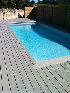 Piscine terrasse bois vacances arts guides voyages for Photo terrasse bois piscine