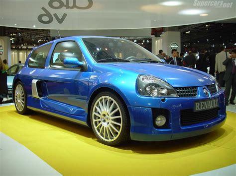 renault clio 2002 sedan 2002 renault clio ii v6 sport coupe pictures