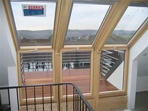 einbau eines 3 teiligen velux dachbalkons dachdecker With markise balkon mit tapete nach wunsch
