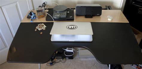 review herman miller envelop reclining desk kotaku