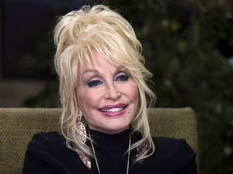 Dolly Parton Collabs With Miranda Lambert On 'dumplin