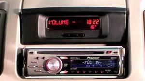 Uri Renault Trafic Ii Mit Pioneer Radio Und Displayanzeige
