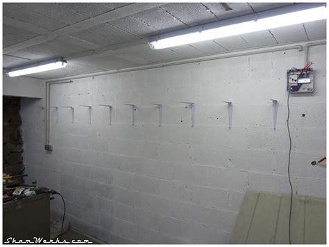 decaper un mur exterieur peint shamwerks atelier atelier garage project la r 233 novation