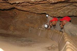 Tracking In Caves
