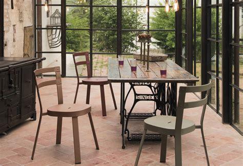 chaise design cuisine 9 ères de recycler une vieille machine à coudre