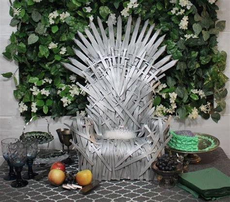 baby  love  rule  diy iron throne