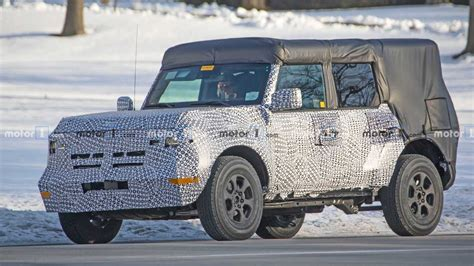 ford bronco detailed       spy shots