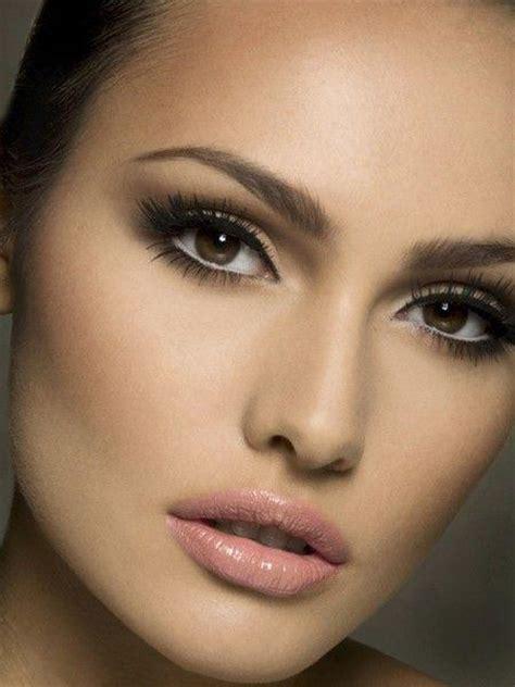 Soft And Natural Bridal Makeup Looks  Arabia Weddings