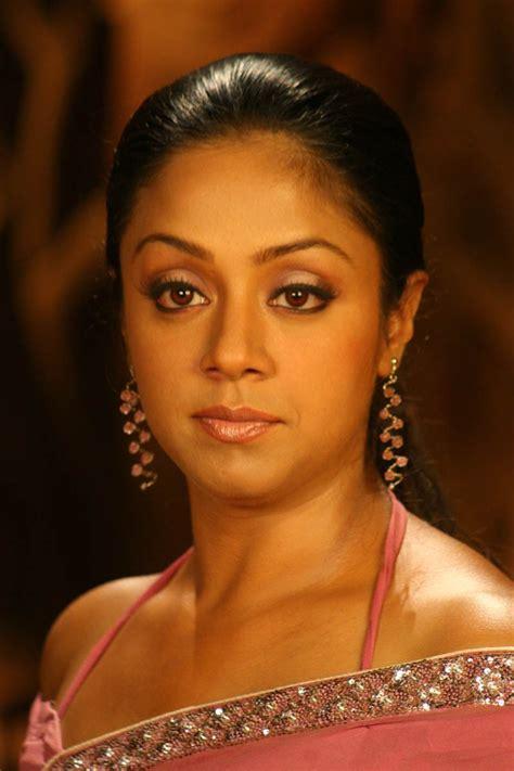 actress nagma and jyothika sistrets of jyothika and nagma hotlatestimages