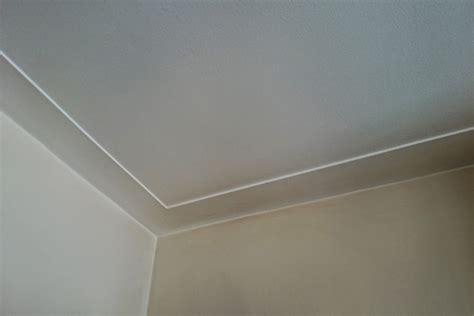 slaapkamer muur egaliseren dikte stucwerk heeft muur of plafond stuc een min of