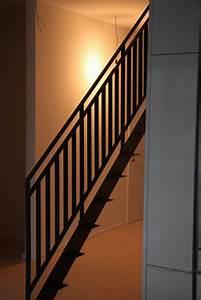 Geländer Für Treppe : treppe und gel nder aus gelasertem stahl f r den neuen ~ Markanthonyermac.com Haus und Dekorationen