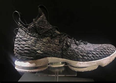 Nike Lebron 15 Oreo 897648-002