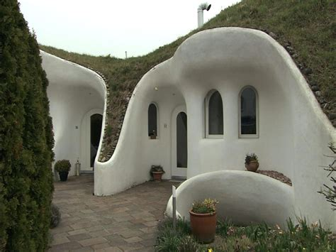 maison de hobbit construction 18 best images about a further on indian horses war horses and the